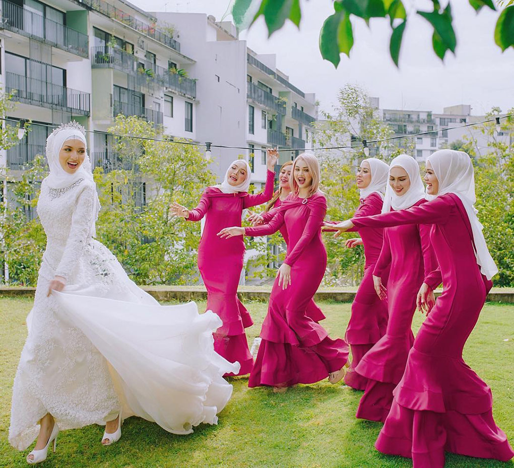 Baju Bridesmaid Dark Pink & White