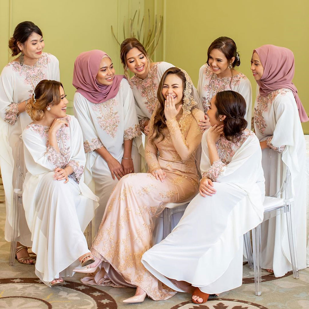 Kaftan Bridesmaid Lace Putih